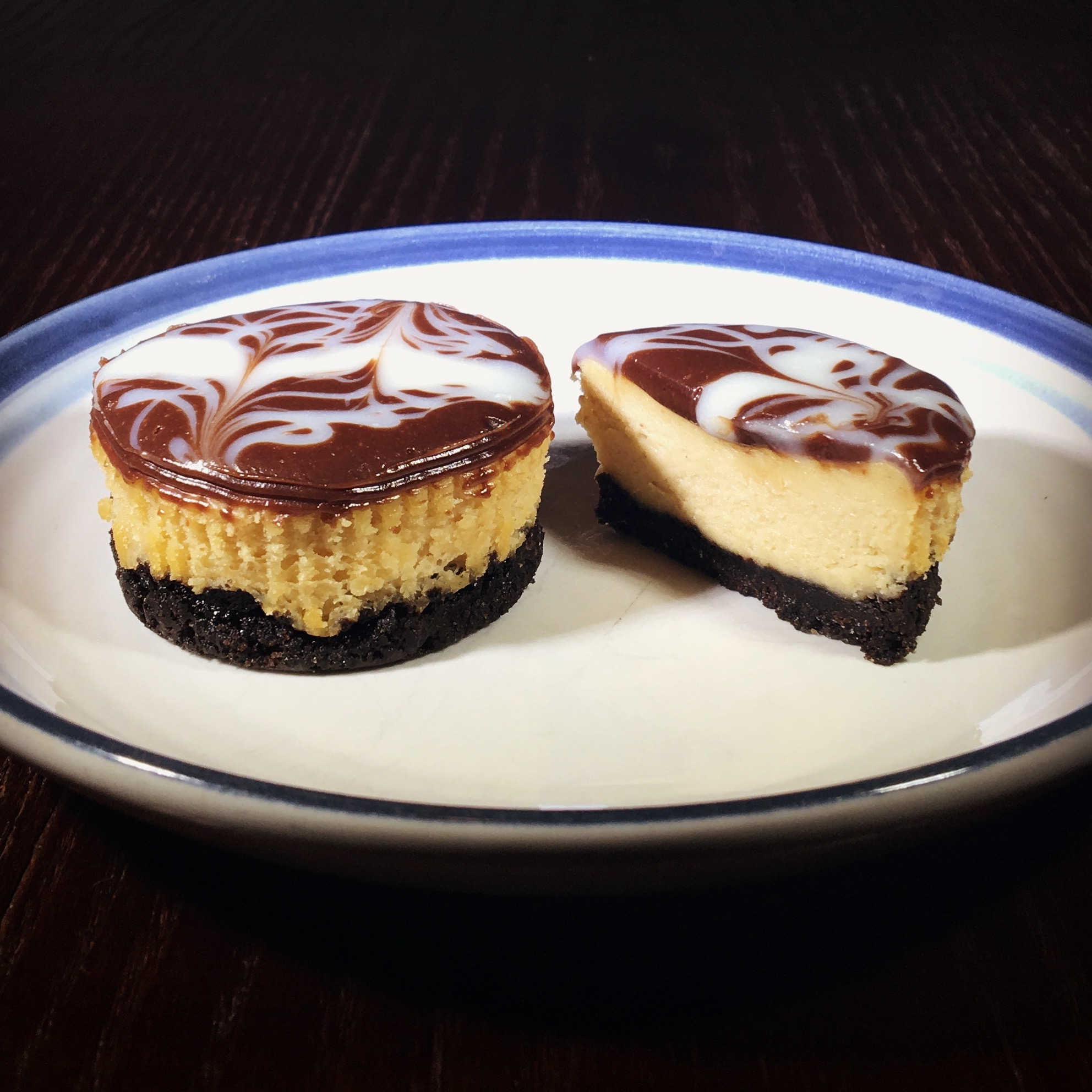 Oreo and Peanut Butter Cheesecake